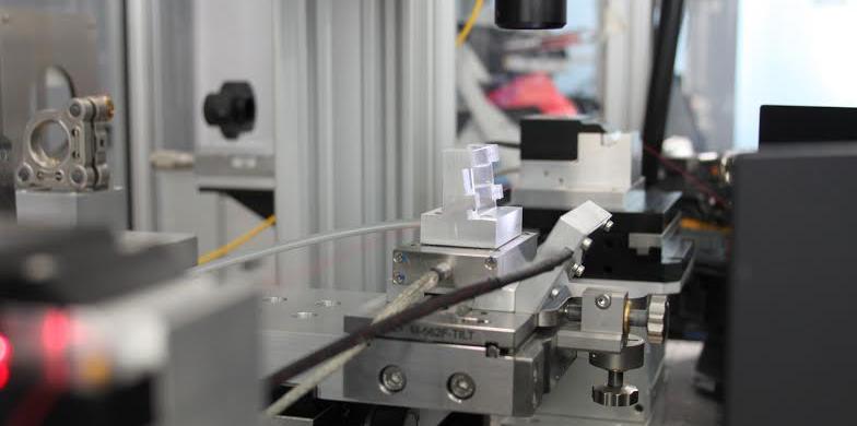 Изготовление чувствительного элемента датчика (ВБР) с помощью эксимерного лазера